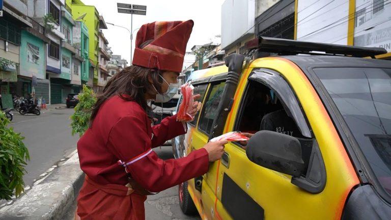 Peringati Hari Pahlawan Nasional Sat Lantas Resort Tebingtinggi Bagikan Masker Bagi Pengguna Jalan