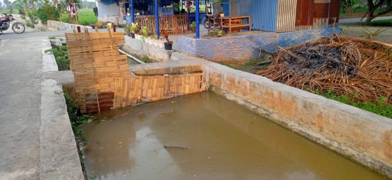 Petani Resah! 3 Klep Pintu Air Di Saluran Persawahan Pinang Mancung  Bajenis Hilang  